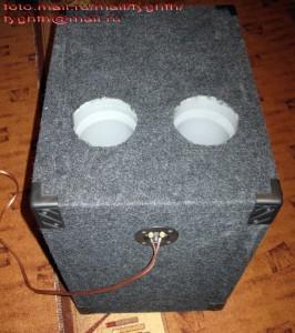 SVR-300. Клеммы для подключения проводов.